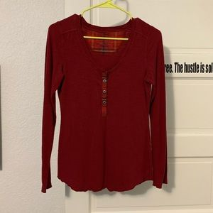 Patagonia henley. Red. Small.